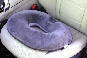 cuscino ciambella per emorroidi